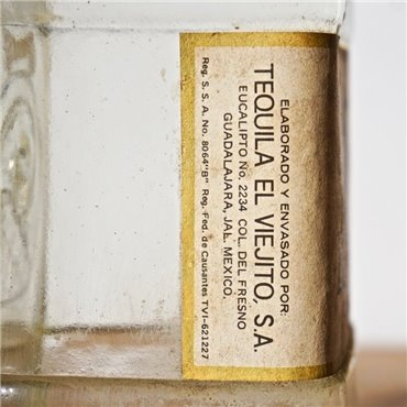 Tequila - La Arenita / Bot. 1960s / 100cl / 44% Antike Tequila & Mezcal 290,00CHF