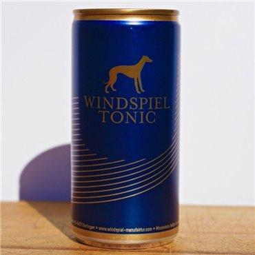 Polugar (Vodka) - Polugar Cherry / 50cl / 38.5% Polugar 35,00CHF
