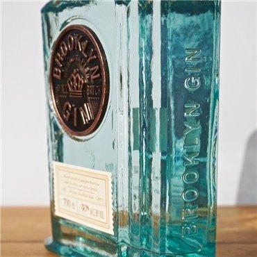 Polugar (Vodka) - Polugar Barley / 70cl / 38.5% Polugar 53,00CHF