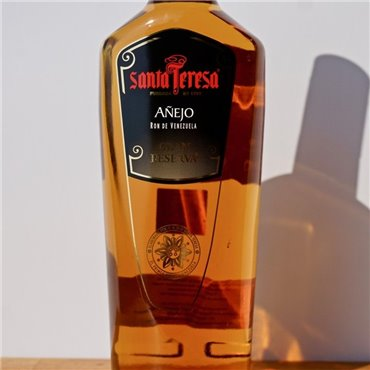 Tequila - El Jimador Reposado / 70cl / 38% Tequila Reposado 36,00CHF