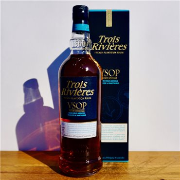 Vermouth - Belsazar Red / 75cl / 18% Vermouth 36,00CHF