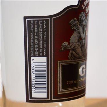 Liqueur - Tannenschnaps / 50cl / 26% Liqueur 39,00CHF